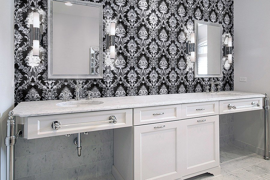 Black and White Pattern Bathroom
